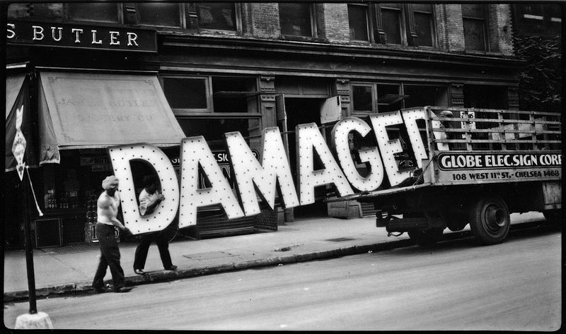 Walker Evans - Damaged