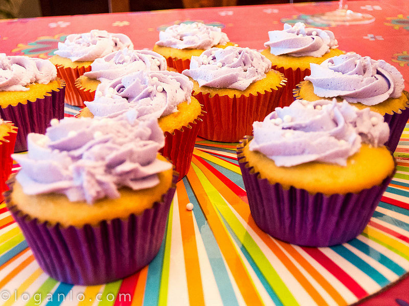 Children's cupcakes (purple)